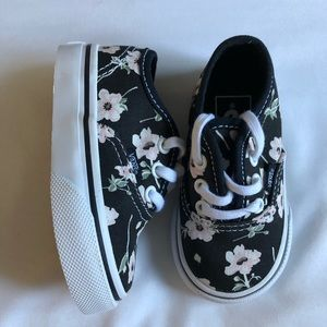 Brand new baby / toddler floral vans size 4